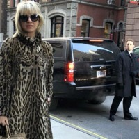Захарова опровергла информацию о её пальто за 700 тыс. рублей