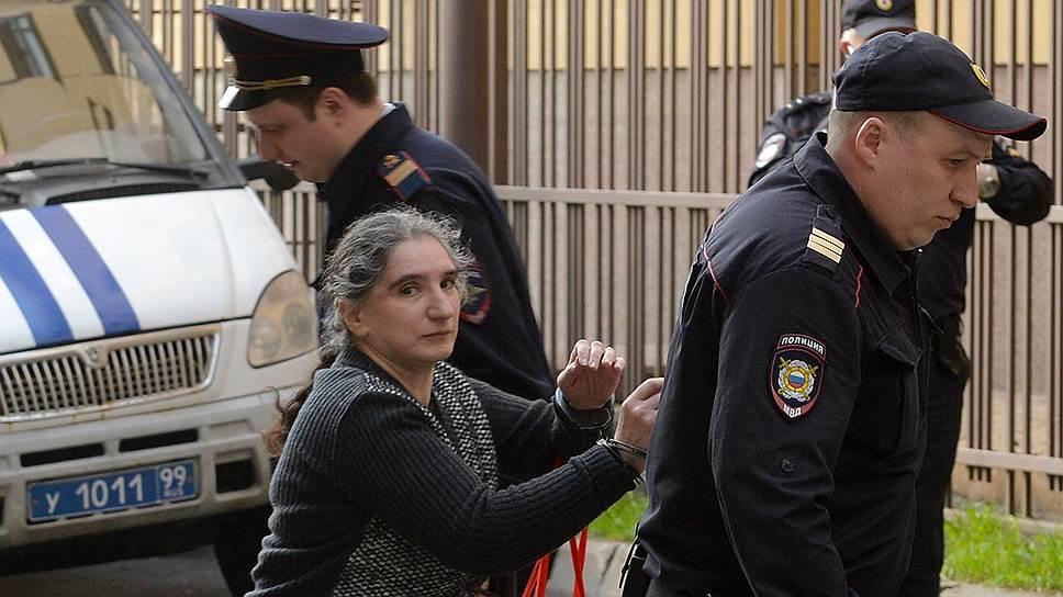 3 50 Дело Внешпромбанка ведет в семью Георгия Бооса